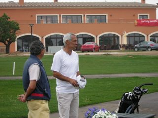 Hector Cuper on his first tee